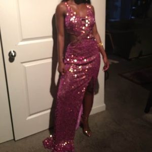 A elegant prom dress